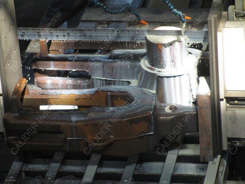 Sciage unitaire de pièces de fonderie