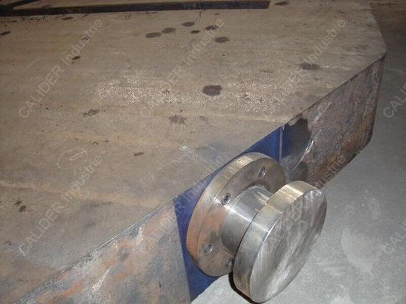Réparation oreille de manutention d'une plaque de source